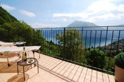 Argegno apartments with terrace and view