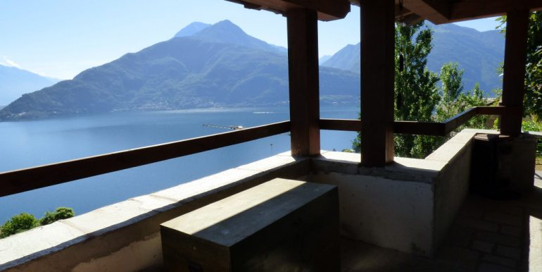 House Pianello del Lario with terrace