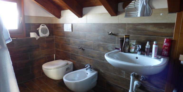 House Pianello del Lario - bathroom