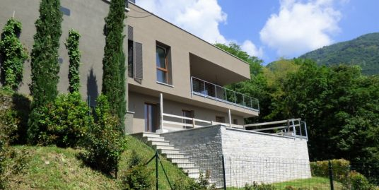 Cernobbio Modern Villas with pool and lake view