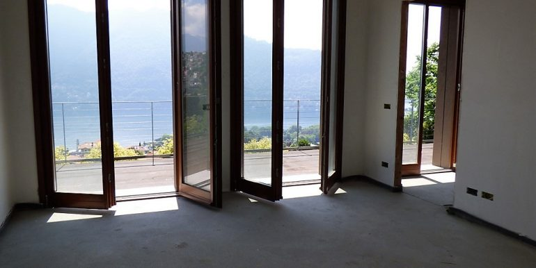 Lake Como - villa with lake view
