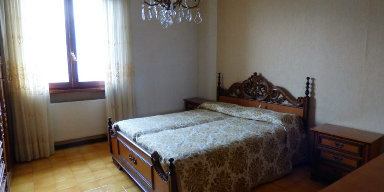 House Cremia with garden - bedroom