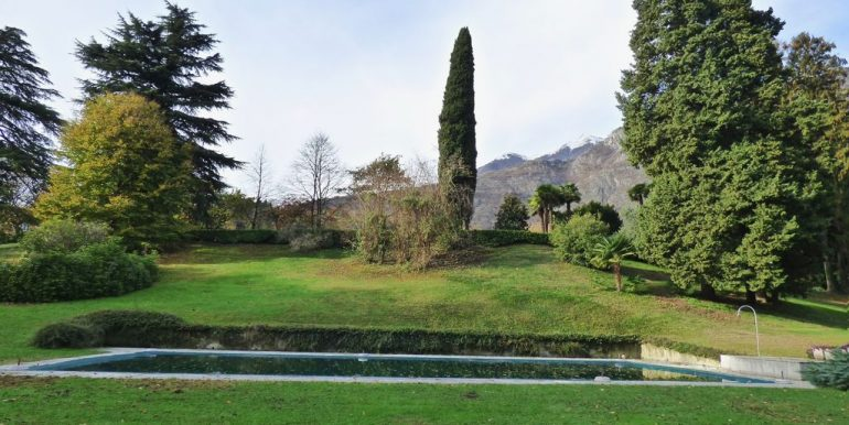 Lake Como Griante Apartment with Park and swimming pool