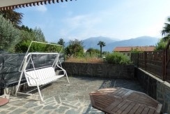Apartment near the Lake Como Griante with private car park