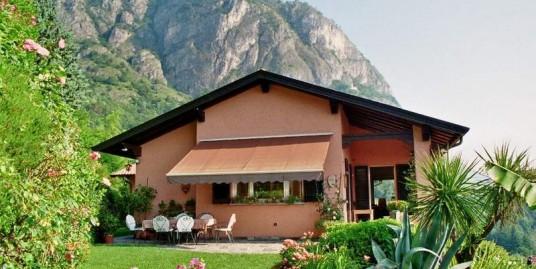 Lake Como Griante Luxury villa with garden and car places