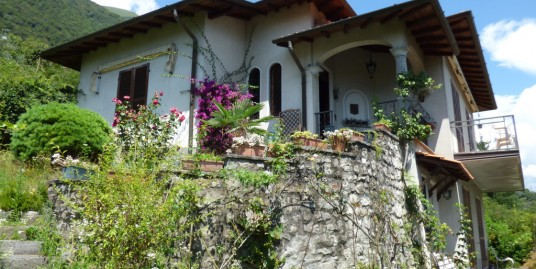 Detached Villa with Amazing View Lake Como Lenno
