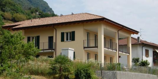 Lake Como Lenno Apartment with garden