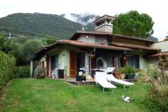 Detached Villa Near Center and Lake Como Lenno with garage