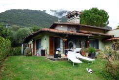 Detached Villa Near Center and Lake Como Lenno with garage