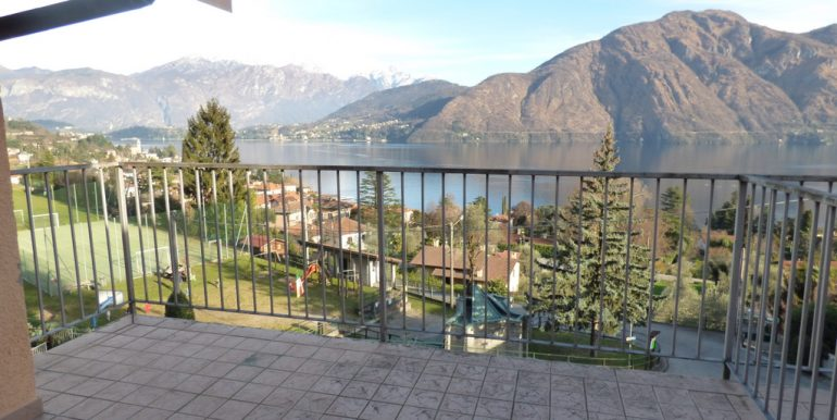 Mezzegra- Terrace- Como lake