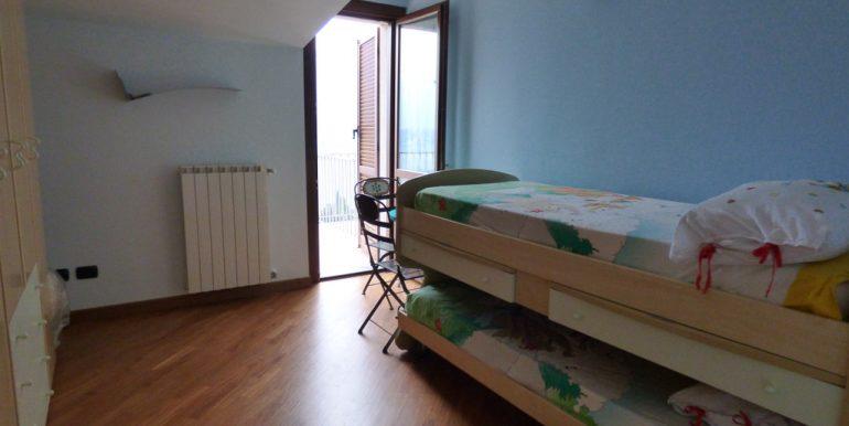 Bedroom in Mezzegra- Tremezzina