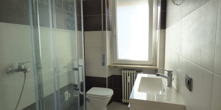 Menaggio Apartment in central position - bathroom