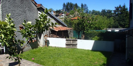 House with Private Garden Lake Como Menaggio
