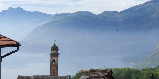 Lake Como Plesio house to be restored arranged on three levels with lake view