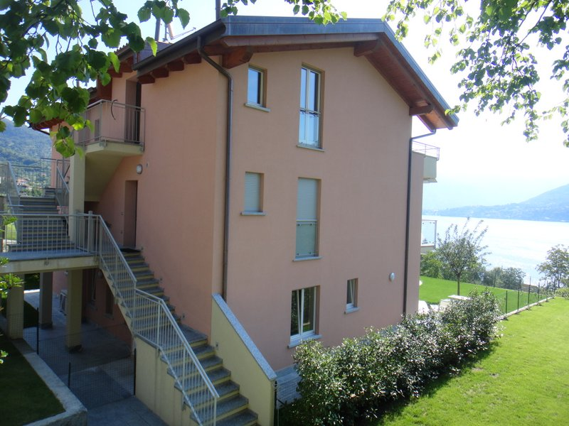 Lake Como Mezzegra Apartment With Terrace