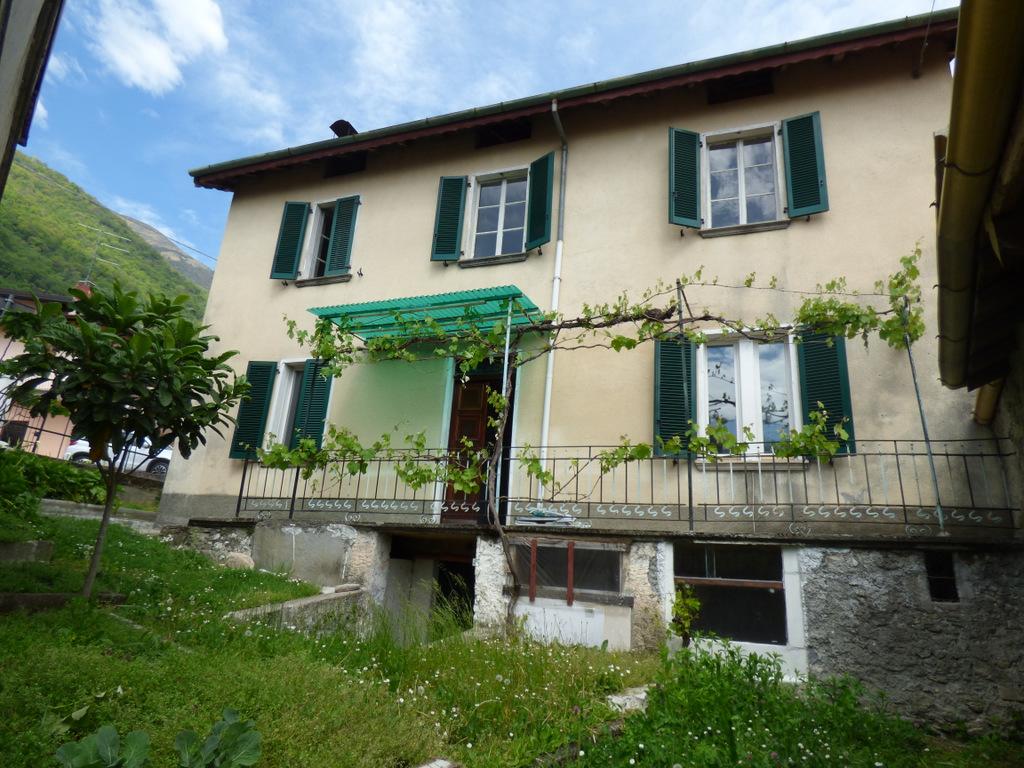Ossuccio Detached House with View – Lake Como