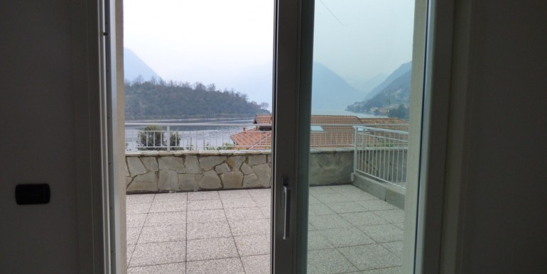 Lake Como Ossuccio Apartment Lake Front