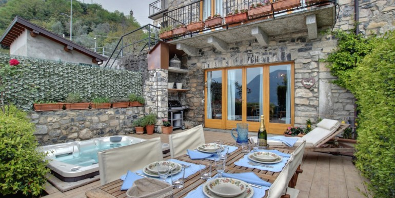 Lake Como Ossuccio Renewed Rustico with Amazing Lake View
