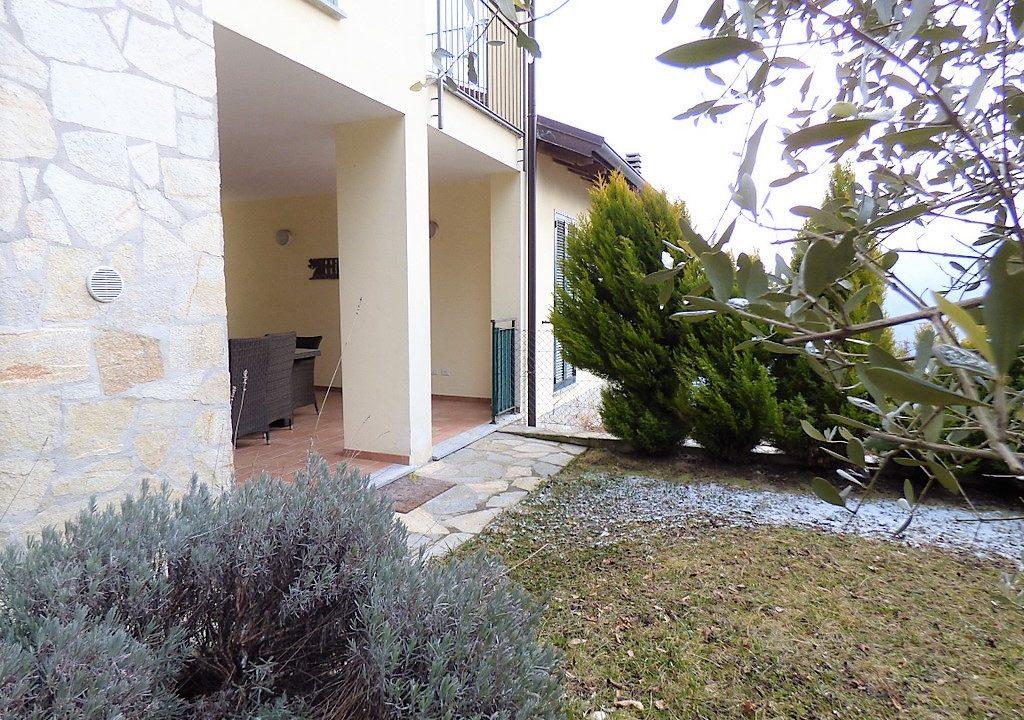Garden and terrace - Plesio