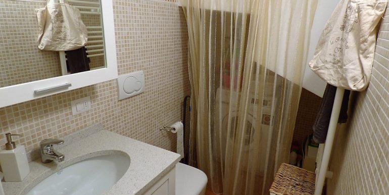 Bathroom in apartment Lake Como