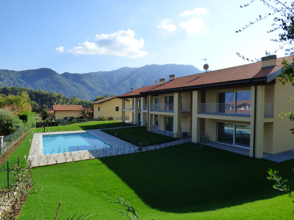 Apartments in Residence with Swimming Pool – Lenno