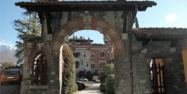Entrance gate - Apartment San Siro