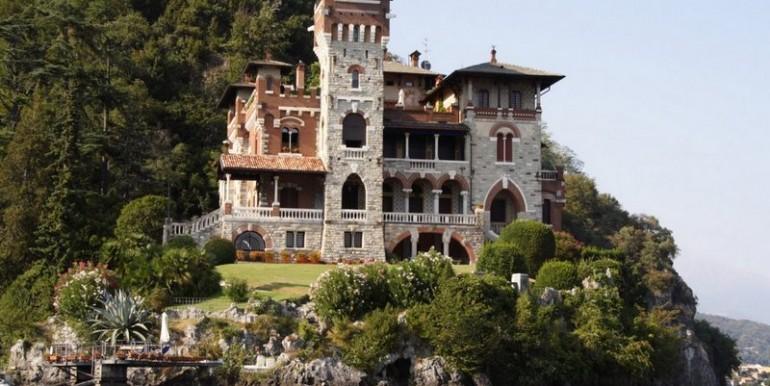 Lake Como San Siro Apartment in villa Liberty