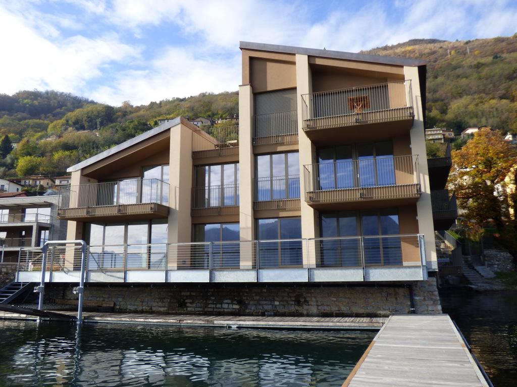 Lake como san siro residence directly on the lake - Residence a san candido con piscina ...