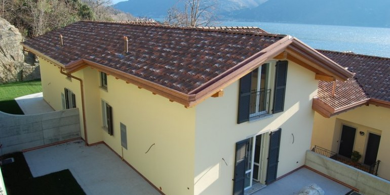 Lake Como San Siro Semidetached Villas with garden