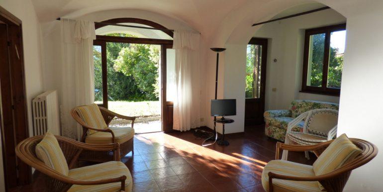 Living room - Lake Front Apartment in Period Villa Tremezzo