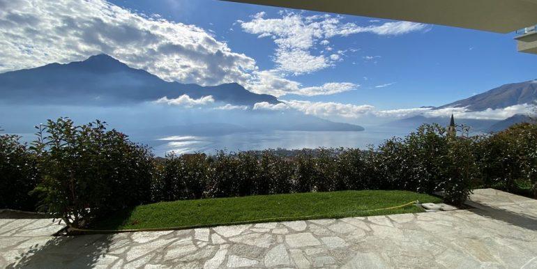 Apartments Lake Como Vercana  -garden