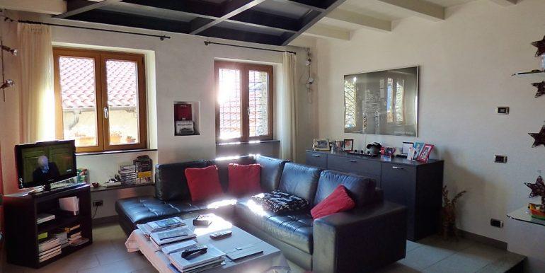 Lake Como Pianello del Lario Stone - Living room