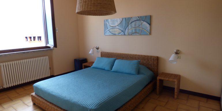 Lake Como Lenno Apartment - bedroom