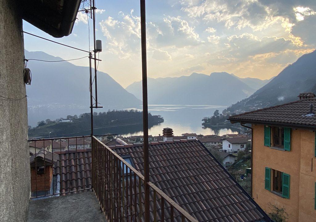Tremezzina Village House with Balcony and Beautiful Lake View