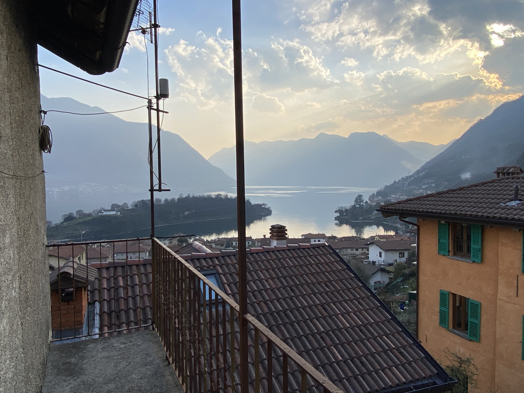 Tremezzina Village House with Balcony and Beautiful Lake View - view