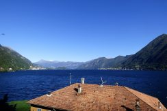 Argegno In Historical Villa with garden and Lake View