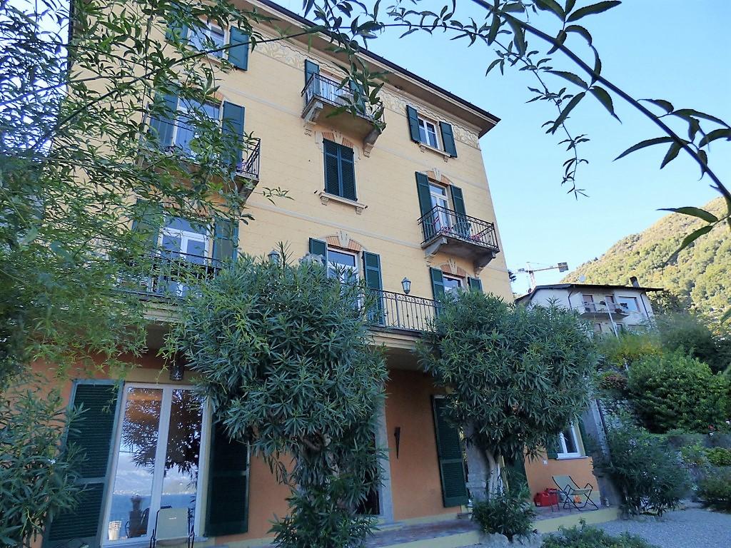 Lake Como Apartment Argegno with garden and lake view