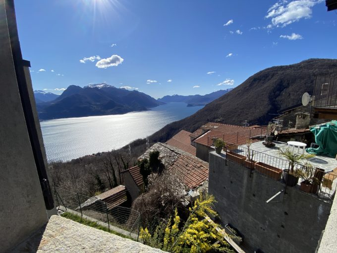 Carcente Beautiful Portion of House with Fabulous Lake View - view