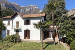 House with Terrace and Garden Lake Como Tremezzo - front