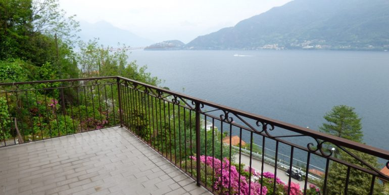 House Cremia with garden and lake view - terrace