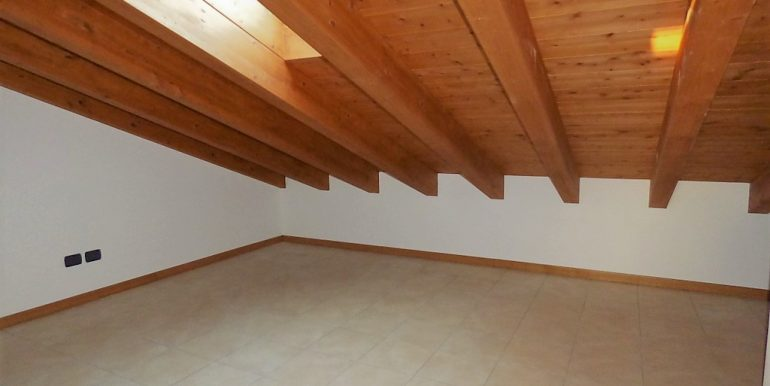 Apartment Residence Tremezzina wooden beams at sight