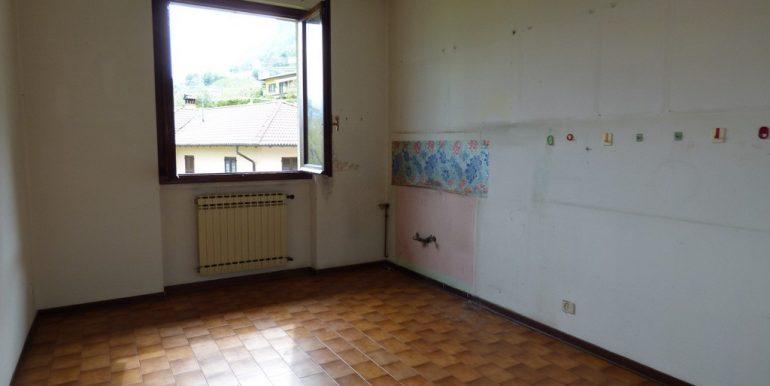 Kitchen - Lenno