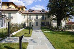Lake Como Menaggio Apartments in period villa