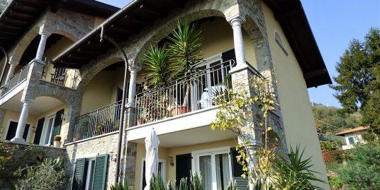 San Siro House with balcony, garden and lake view