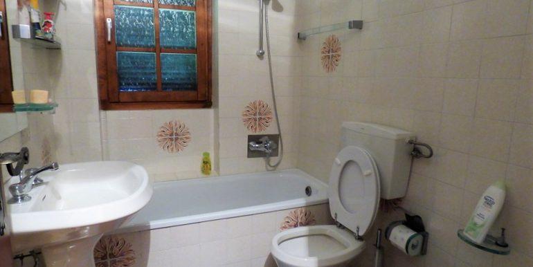 Bathroom -Lake Como