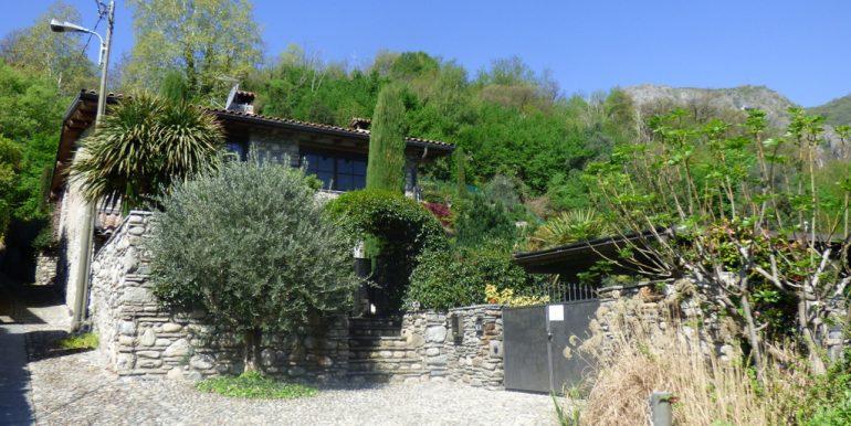 Entrance gate - Lake Como