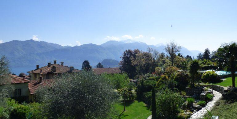 Rustico Griante with garden - lake view
