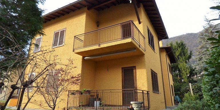 Como Lake Lenno Apartment with balcony