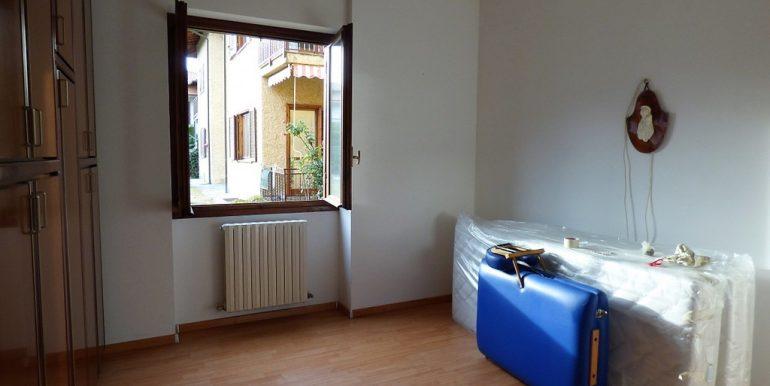 Como Lake Lenno Apartment - bedroom