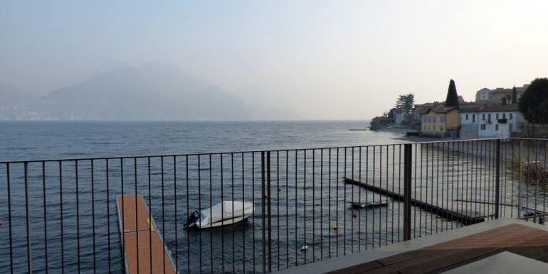 San Siro Front lake apartment